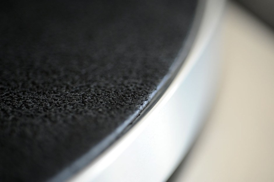 Pro-Ject Leather it